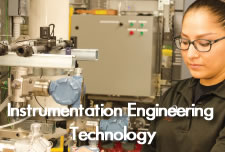 Instrumentation Engineering Technology student in lab