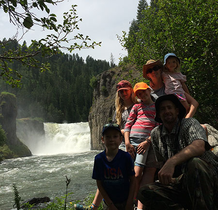 Family hiking in the Idaho wilderness