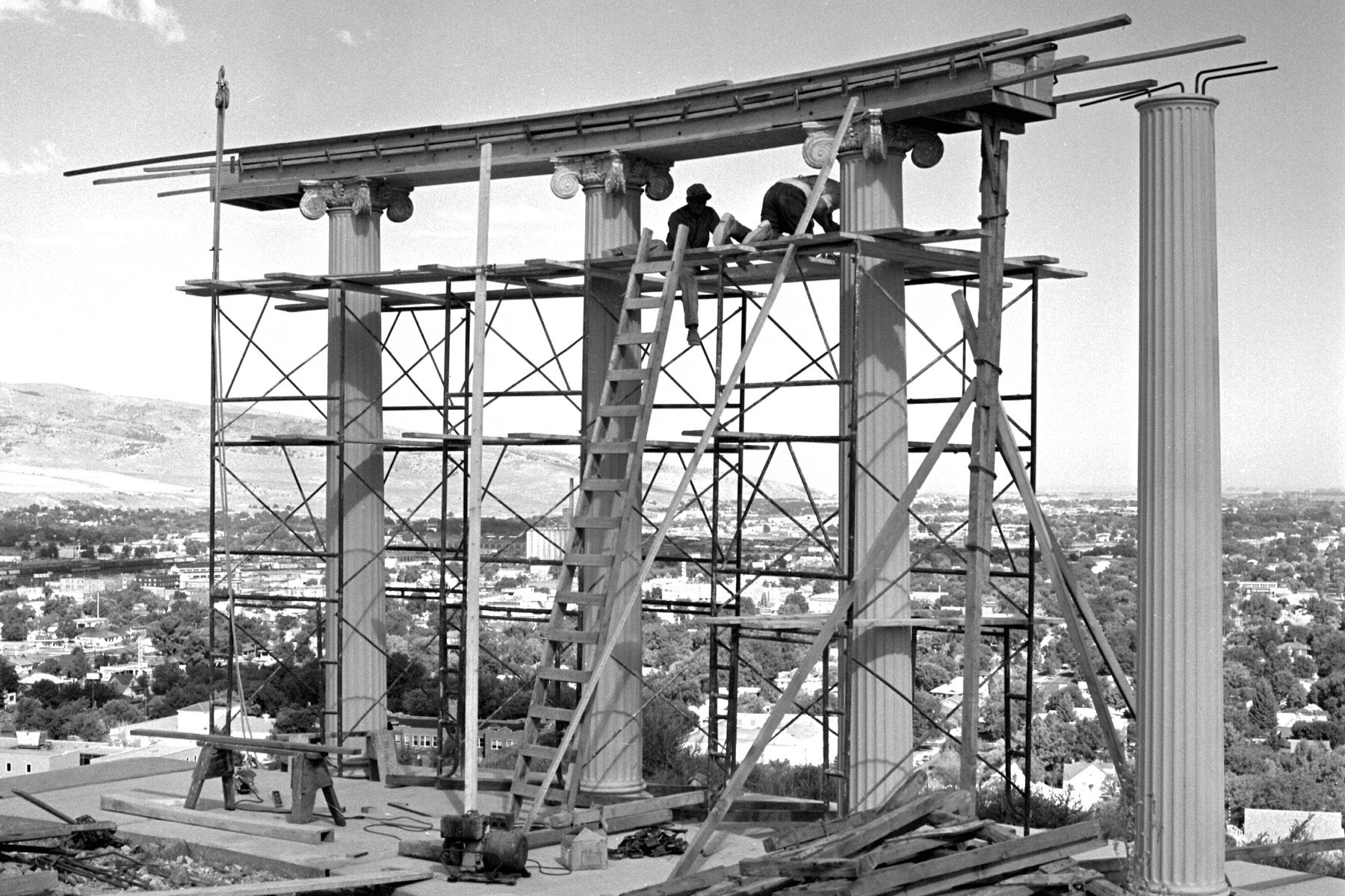 Image of the columns on top of Red Hill under constructions in 1970s