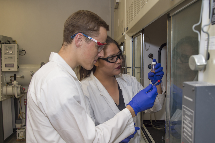 Local prep students gain hands-on chemistry lab research experience through Project SEED at Idaho State University