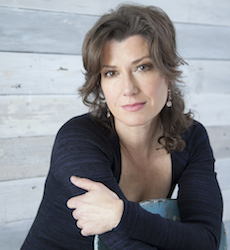 Grammy-winning artist Amy Grant still loves life on the road; performs May 18 at ISU