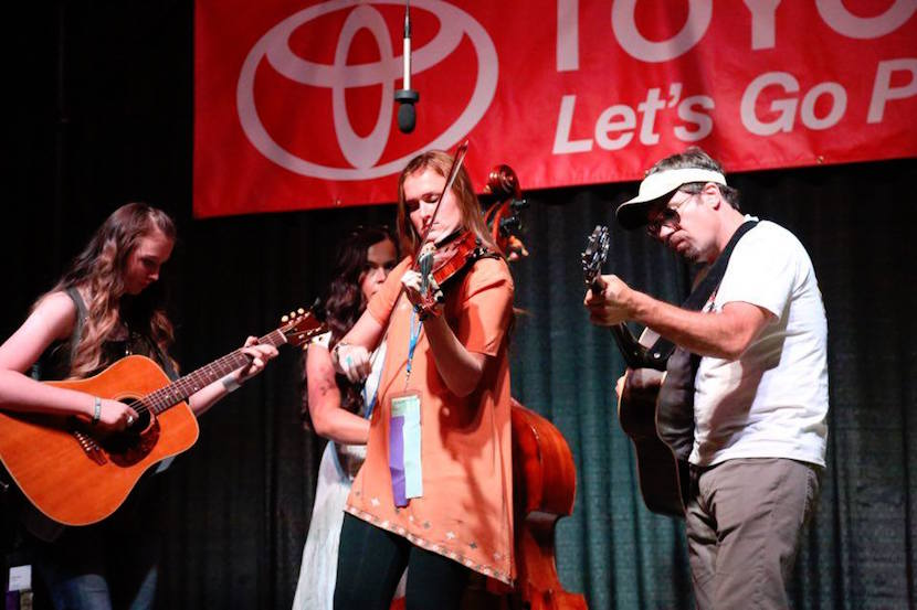 Idaho State University student Shelby Rae Murdock places second at National Oldtime Fiddlers Contest