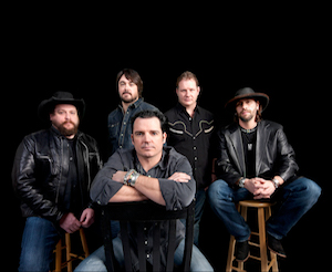 Photo of five members of Reckless Kelly