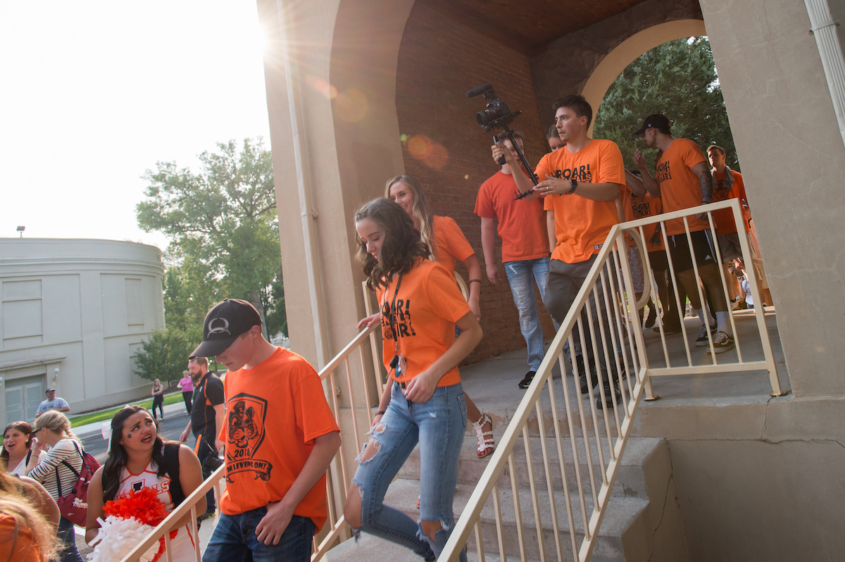 ISU new students March through the Arch Aug. 18