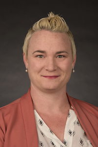 Sari Byerly headshot
