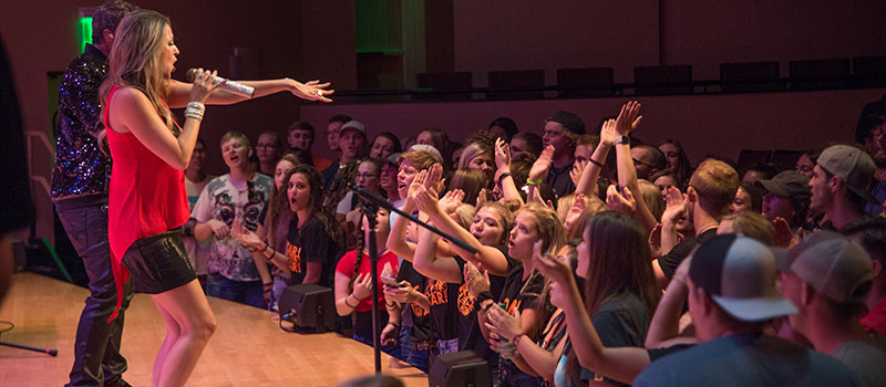 Students attending a concert at new student orientation