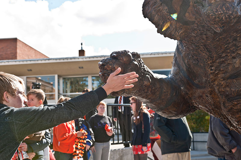 Giving the Benny statue a high five